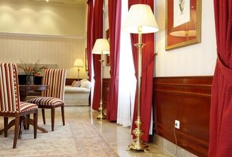 Imagen de una suite del Hotel Pelayo en el Directorio de Empresas del Elefante Azul de Avilés