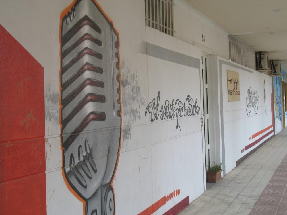 Foto fachada Estudio Grabación Merlín Línea, en el directorio de empresas de los Centros de lavado de coches Elefante Azul de Avilés.