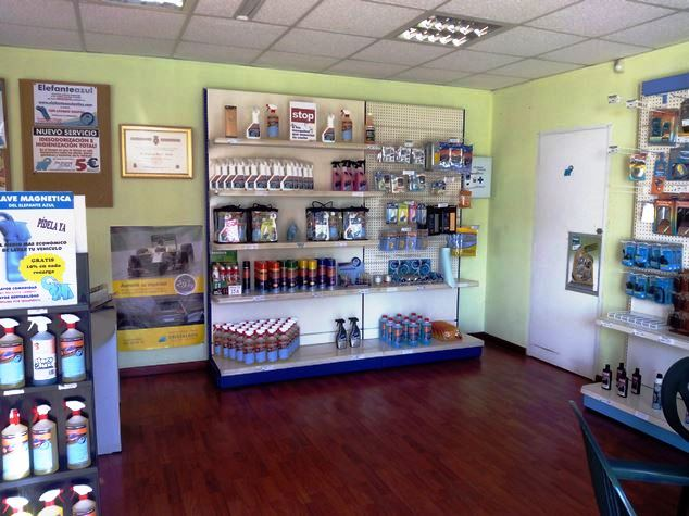 Imagen de la Tienda del Centro de lavado de coches Elefante Azul de Avilés