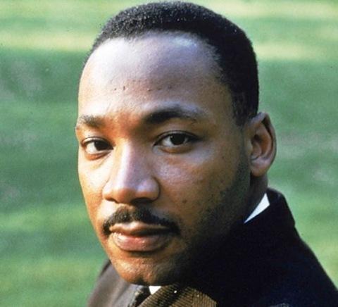 Elefante Azul Aviles - Martin Luther King, Jr.
